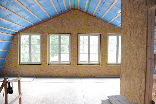 Abdichtung des Dachraums in einem Passivhaus